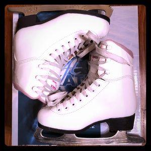 Soft Skate by Jackson Girl's Figure Ice Skates $65